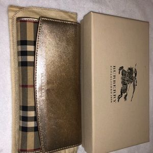 Gorgeous Gold Burberry limited edition wallet
